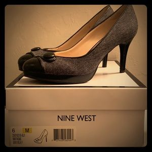 Office attire pumps - only worn once!